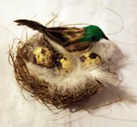 Птичка перьевая в гнезде - RF1210-523002